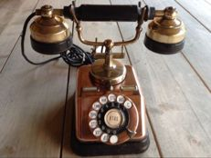 Antique Danish telephone (KTAS) from circa 1930.