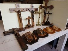 Lot of 11 different religious objects