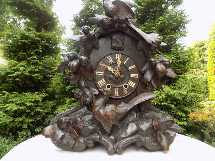 A German mantel cuckoo clock from 1850, with a Furderer Jagler signature