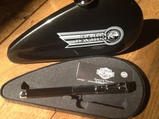 Waterman Harley-Davidson special edition fountain pen ( gas tank)