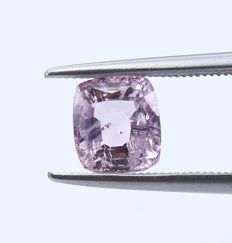 Pink Sapphire - 2.30 ct. - no reserve