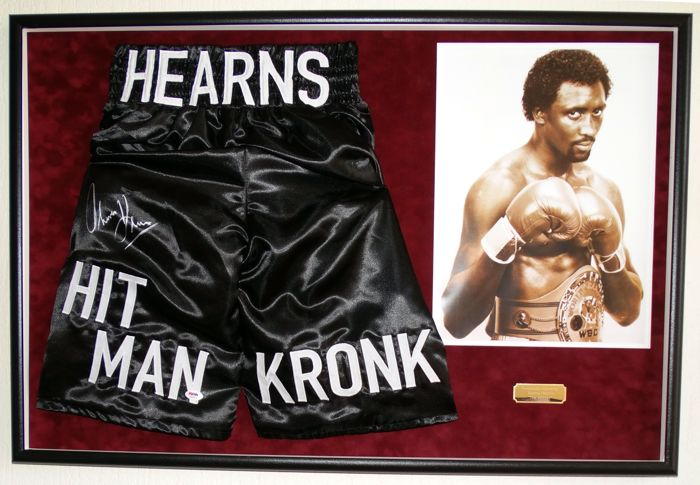 "Thomas ""The Hitman"" Hearns origineel gesigneerde boxing trunks (Boksbroek) - Premium+ Framed + Certificate of Authenticity van PSA"