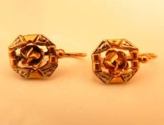 Art Deco sleeper earrings in two-tone 18 kt gold, No Reserve
