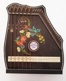 Large old Jubeltone Zither / Citer ,
