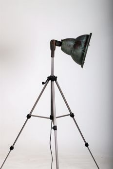 Designer unknown - solid industrial lamp on tripod
