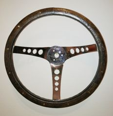 "THE ""500"" Deepdish sports steering wheel"
