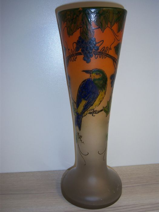 Legras, Verreries & Cristalleries de Saint-Denis - Glass vase with decor of grape tendril and bird