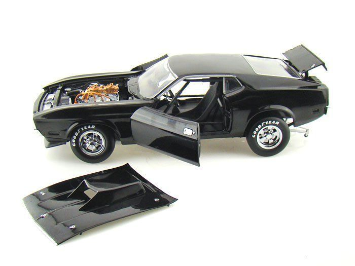 Sun Star - Scale 1/18 - Ford Mustang Pro Stock drag car 1971