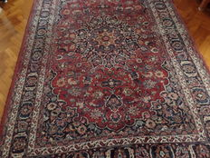 Persian Mashad rug from Iran, approx. 310 x 202 cm.