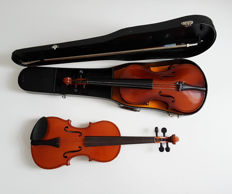 2 x small violin , with bow and case