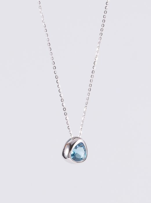 Topaz, 18K gold necklace. Gemstone weight: 0.88 ct.
