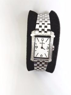 Bulova Lady Diamond wristwatch 96R186