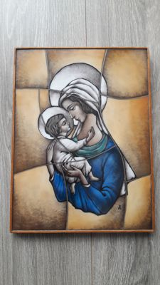 Mary and baby Jesus on stained glass opaline - the Netherlands - early 20th century