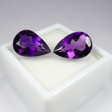 Amethyst Pair - 6.40 ct - No reserve price