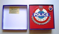 Car Grill badge POLICE NATIONALE C.R.S. No. 1 with laurel wreath and pin - 9 cm