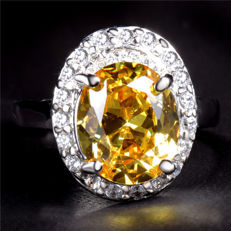 Topaz ring in 14 K white gold, size 7