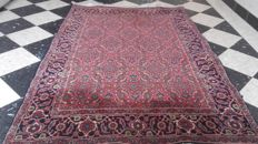 Beautiful hand-knotted Persian Bidjar carpet