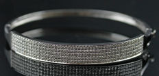 A Beautiful New Ladies Bracelet with Diamonds total 2.78 ct