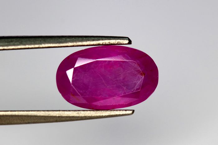 Ruby - 2.08 ct - No reserve price