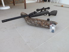 Gamo  Maxi Whisper x 10, silencer system & SWA technology ,Air Rifle 5,5 (.22), Adjustable scope with 4 x 32 AO zoom ,