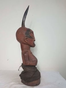 Super, old Nkisi protection figure - SONGYE - D.R. Congo