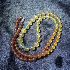 Myanmar amber gradient necklace weight 21.7 g.No reserve price