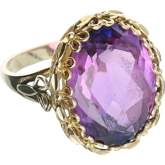 14 kt - Yellow gold ring set with a synthetic amethyst - Ring size: 17.25 mm