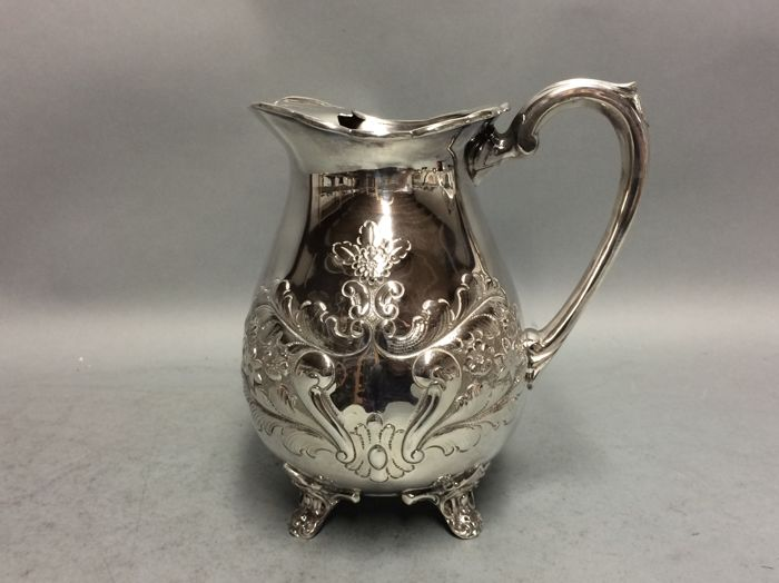 Antique silver plated water jug with stopper for ice cubes, England, ca 1885