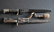 2 Bayonet/Sidearm - 2.world war Manufacturer: Puma, Solingen with tassel / portepee for officers
