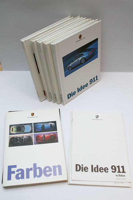Sales books Porsche 911 and Boxster