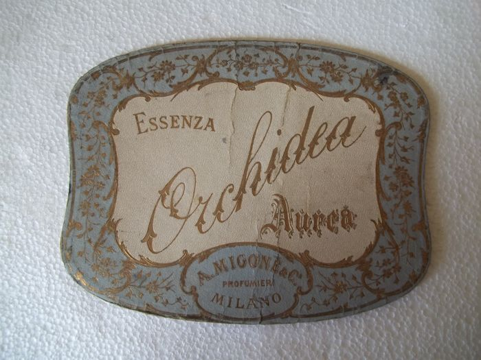 Martini underplate and advertising sign of the perfume Essenza Orchidea Aurea - 1904