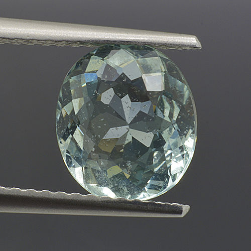 Green Beryl - 1.96 ct - No Reserve Price