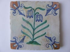 Coloured Gouda tile with double snake's head flower