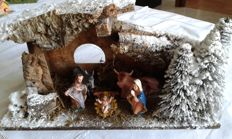 Nativity scene from the second half of the 20th century, 43 pieces + 24 small animals