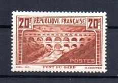 France 1929 - Pont du Gard type I signed Calves - Yvert 262A