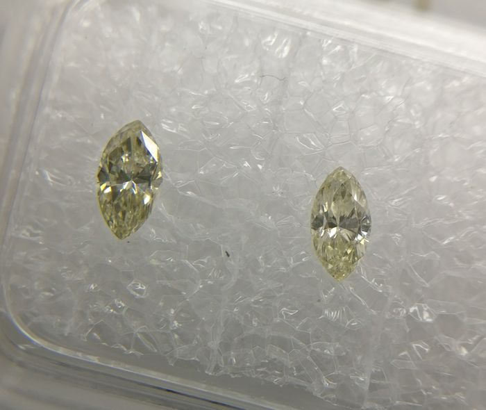 Pair of Marquise cut diamonds total 0.30 ct J-K VS2-SI1