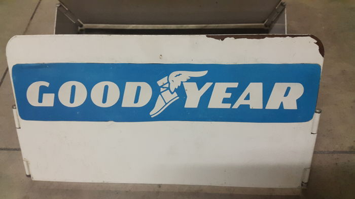 """Good Year"" tyre exhibitor - 1960s/70s"