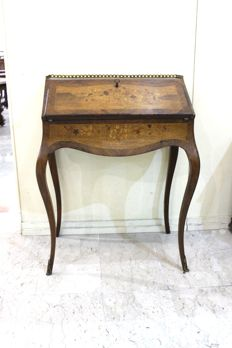 Lady's writing desk in Louis XV style - France, second half of the 19th century