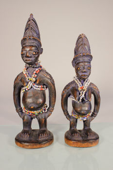 Couple of Ibedji twin figurines - YORUBA - Nigeria