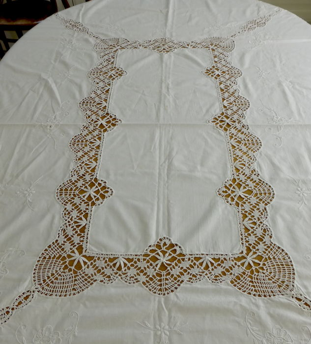 Embroidered tablecloth with Irish crochet work
