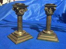 Corinthian columns, stands for candles, in solid bronze - France - 18th century.