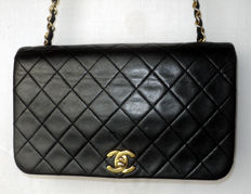 Chanel - Timeless Diamond Quilted Single Flap CC Logo TurnLock Lambskin Chain Shoulder/Crossbody Bag