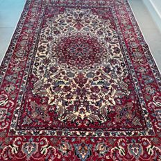 Magnificent light Isfahan carpet - 193 x 126 - superb quality and design