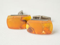 Pair of Natural Baltic Amber silver cuff links, natural cognac/honey colour Amber. No reserve