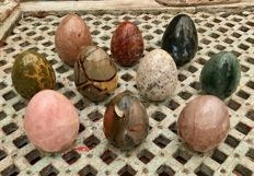 Collection of fine Mineral eggs - 8.1 to 9.4 cm - 4.85 kg  (10)