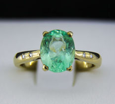 2.7 ct. Emerald Gold Ring With Diamonds - 14k gold - Ring size: 17.7 mm (US 8) **No reserve**