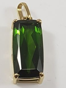 Pendant with green tourmaline 100% natural in yellow gold 750