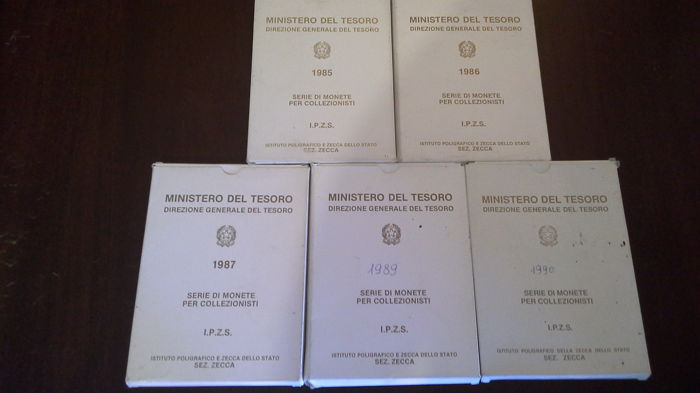 Republic of Italy - 5x Divisional coin series (Proof). 1985, 1986, 1987, 1989, 1990 (including silver)