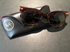 Ray-Ban – Bausch & Lomb unisex sunglasses