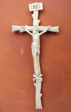 Ivory crucifix with ivory Christ figure and ivory Adam's skull - France  19th century